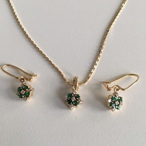 Jewelry - 🌟HP🌟 Emerald & diamond earrings & chain