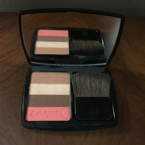 CHANEL Other - Chanel bronzer colors