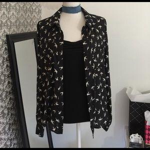 Olsenboye Tops - NWT black/white patterned long sleeve top
