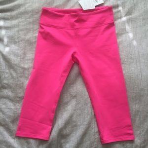 Hot pink Fabletics crop leggings