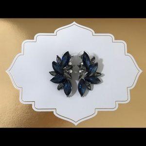 ❌LAST PAIR❌Crystal statement stud earrings