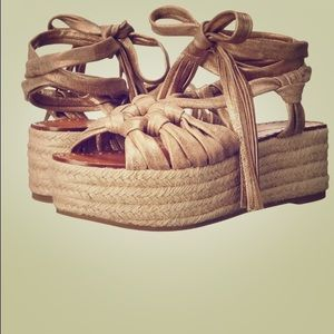 Sigerson Morrison Shoes - New sigerson morrison Cosie light gold sandals