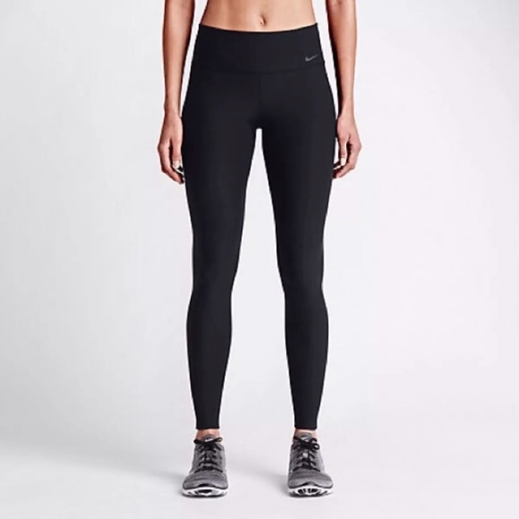 nike the women 39 s nike legend tight fit legging from sun. Black Bedroom Furniture Sets. Home Design Ideas