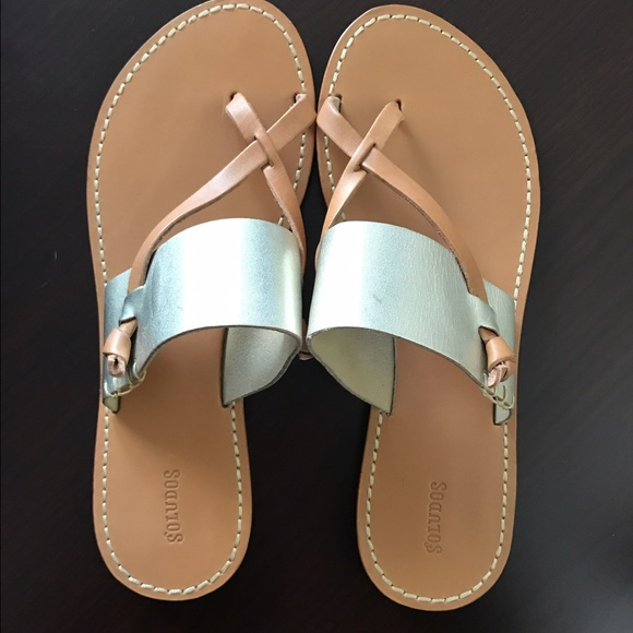2ee096a7f089 Soludos Leather Slotted Thong Sandal. M 58922d9b5c12f8dc9100f125
