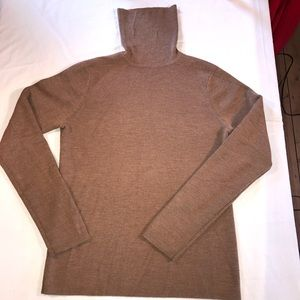Old Navy light brown turtle neck sweater