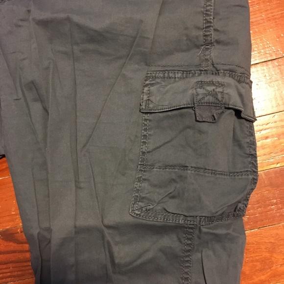 7c02bf4b Sonoma Kohl's Women's Gray Capri Cargo 16 Pants