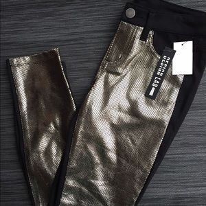 Lord & Taylor Pants - NEW with tags LORD &TAYLOR SEQUIN LOOK Skinny Pant