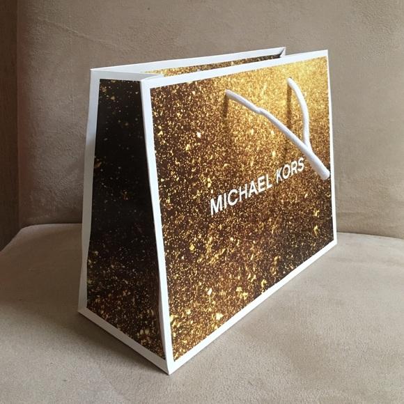 Michael Kors - Small MK shopping bag from Tatiana's closet on Poshmark