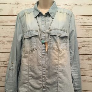 Charlotte Russe Chambray Top Pearl Snap Buttons