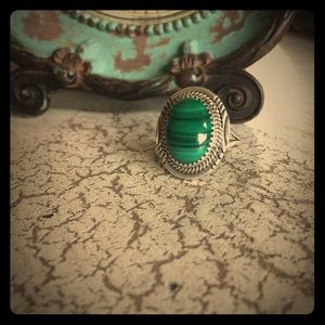 Native American Jewelry - STUNNING sterling silver and malachite ring