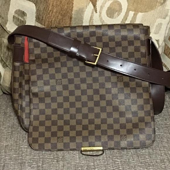 eda240826470 Louis Vuitton Handbags - Louis Vuitton Damier Ebene Bastille Crossbody