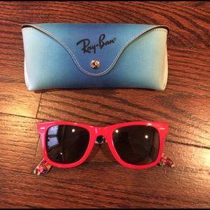 Ray-Ban Accessories - Ray-Ban Wayfarer Sunglasses RB2140