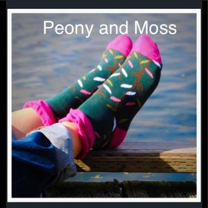 Peony and Moss Accessories - Peony & Moss Socks in Little Leaves