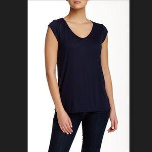 Valette Tops - Women's Valette V Neck Cap Sleeve Tee Size Small