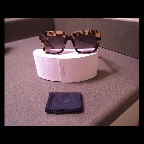 7e68b2d5a2 Prada Sunglasses - SPR 28P Tortoise. M 589263514e95a3d6f30015ad