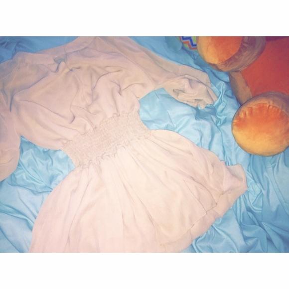 Urban Outfitters Dresses & Skirts - 💕Baby doll chiffon dress💕
