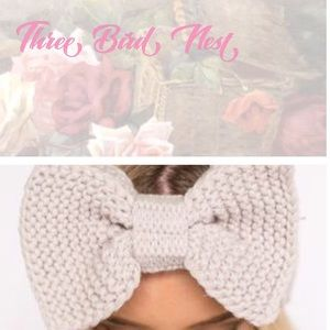 Three Bird Nest Accessories - THREE BIRD NEST Taupe Cable Knit Bow Headband NWT