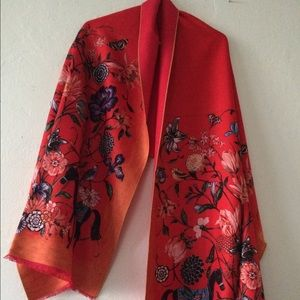 Accessories - Brand new cashmere scarf
