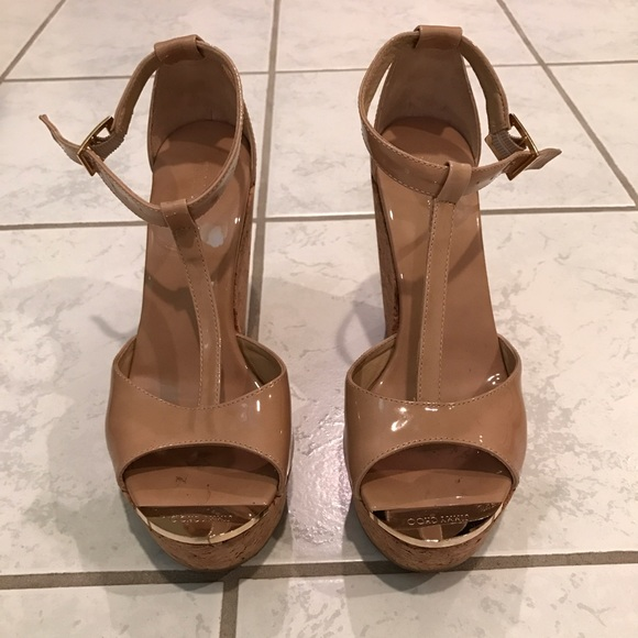 b6fff114f38 Jimmy Choo Shoes - Jimmy Choo Papyrus Patent Wedges with Gold size 38