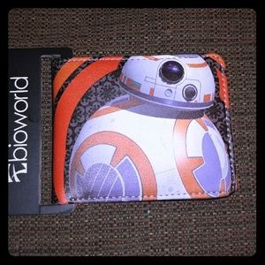 Bioworld Handbags - Star Wars The Force Awakens: BB-8 Bifold Wallet