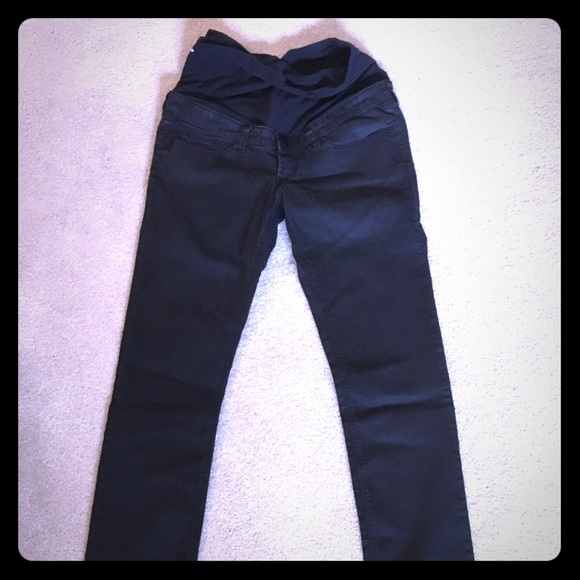 H&M - H & M skinny black maternity jeans from Darby's closet on ...