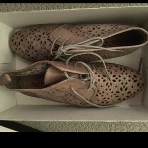 Anthropologie Shoes - Anthropologie sixty seven oxfords