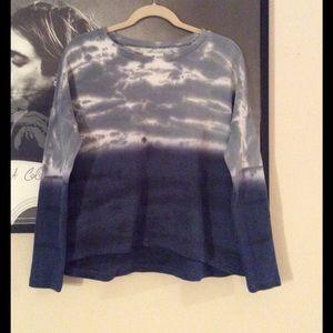 Blue and white American Eagle sweatshirt
