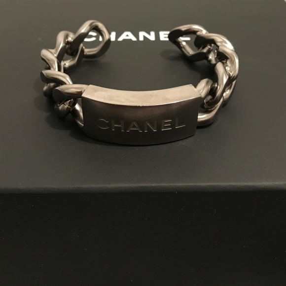 9ce44ad25f3 CHANEL Jewelry - Authentic Chanel silver link bracelet .