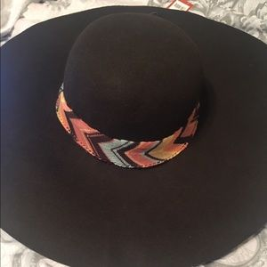 Missoni Accessories - NWT missoni for target brown floppy hat