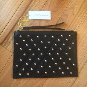 🎀NEW🎀BCBGeneration Studded Envelope Clutch