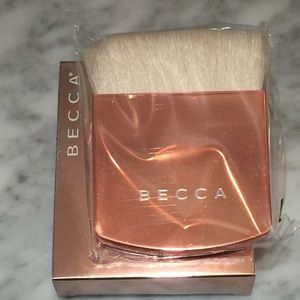 BECCA Other - Becca The One Perfecting Brush
