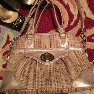 Elaine Turner Handbags - Display a sense of style, in a fab bag 🌺