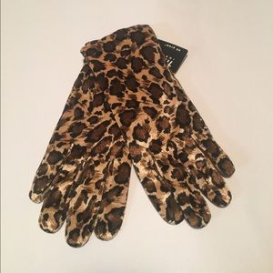 Accessories - Cheetah Gloves