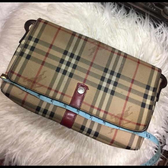 f536e4c398a9 Burberry Handbags - Sale⚡️Authentic Burberry Haymarket Clutch