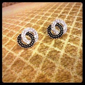 18k gold Stud earrings