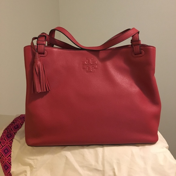 207fd8537ee1 Tory Burch Thea center zip Tote red