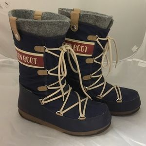 Moon Boot Shoes - Navy moon boot
