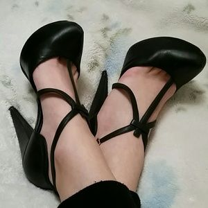 Report Signature Shoes - Platform T-Strap heels with ankle strap Leather