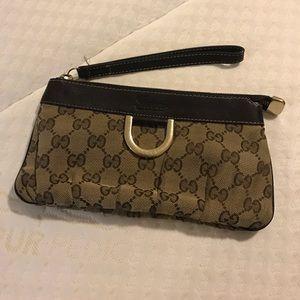 Gucci Handbags - Authentic Gucci wristlet