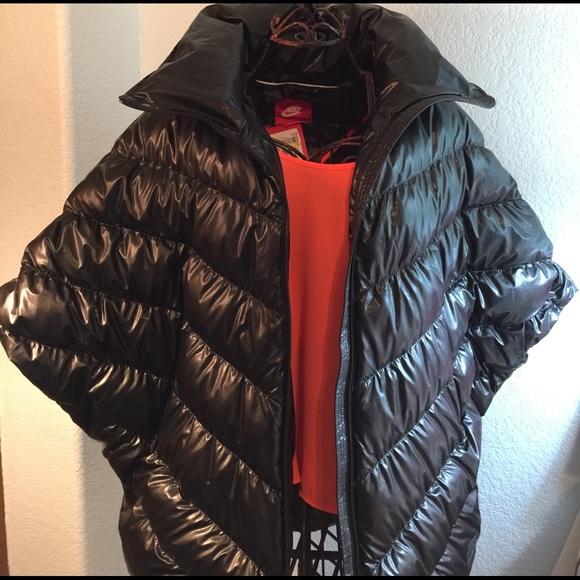 54917ad85f35 Girl Boss Jacket-Nike puffer cascade down poncho!