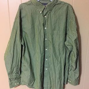 Roundtree & Yorke Other - Roundtree and Yorke Olive Green and White Shirt