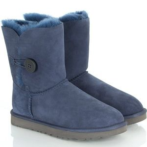 UGG Shoes - Bailey button uggs