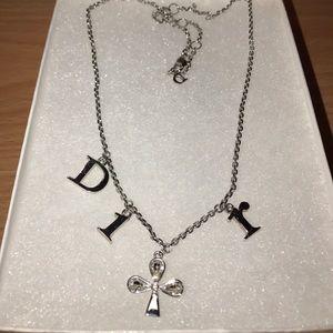 DIOR necklace & bracelet in silver.