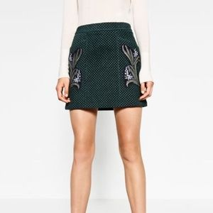 Zara printed leather skirt-- size small