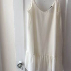 Lilac Clothing Dresses & Skirts - NWOT cream drop hem dress