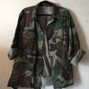 vintage army jacket - sz M