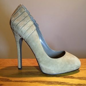 Aldo Tan pleated Suede heels. Size 36 (6)