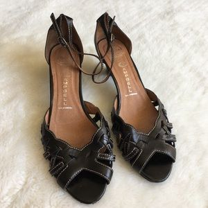 Jeffrey Campbell Shoes - Jeffrey Campbell Black Leather Sandals size 9.5