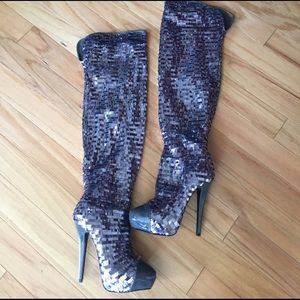 Dereon Shoes - Funky Dereon Thigh-High DiscoBall Boots