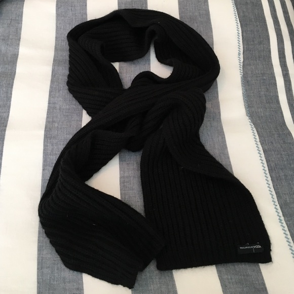 Moda International Accessories - Black Scarf